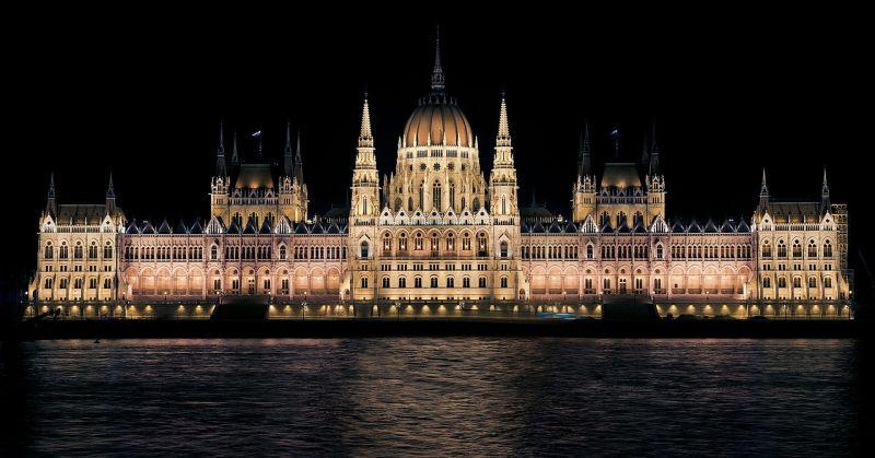 Ma dönt a parlament az adócsomagról