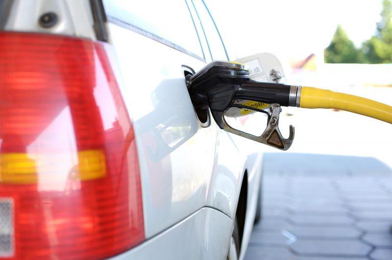 Jó hír: csökken az üzemanyagok ára