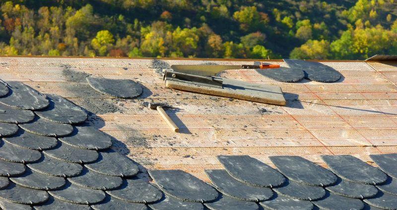 Senki nem akar szakképzett tetőfedő lenni Magyarországon?
