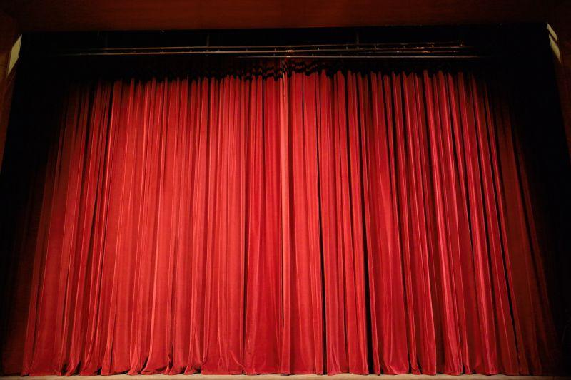 Bezárhat Budapest egyik legsikeresebb színháza