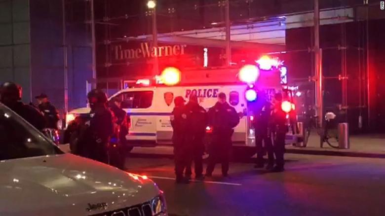 Bombafenyegetés miatt élő adás közben kiürítették a CNN New York-i irodáit