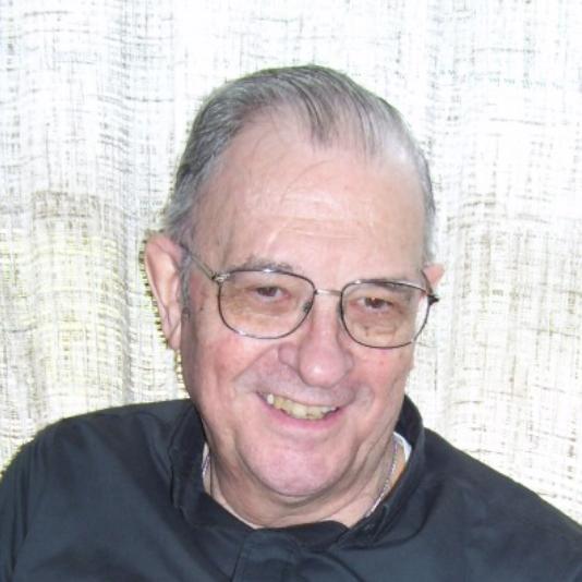Elhunyt Miklósházy Attila jezsuita püspök