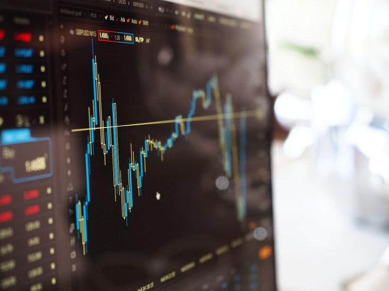 Tőzsde: kétéves mélypontra zuhantak a főbb nyugat-európai indexek