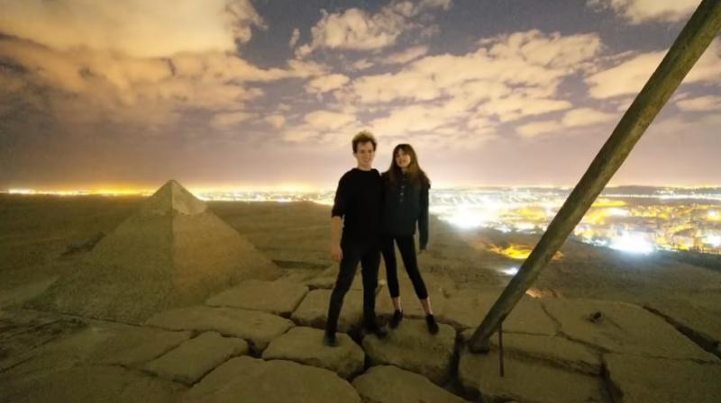 Döbbenet: felmásztak és szexeltek a gízai nagy piramis tetején