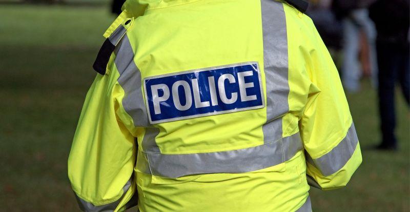 Vízbe csúszott egy nő Győrben, három rendőr mentette ki