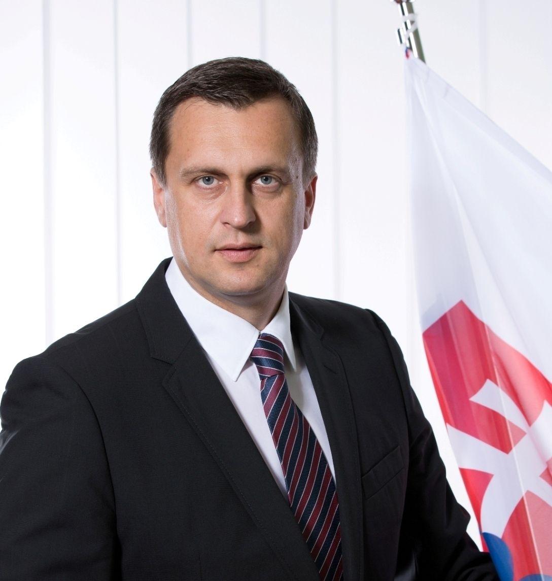 Plágiumgyanú miatt vizsgálták a szlovák házelnök diplomamunkáját