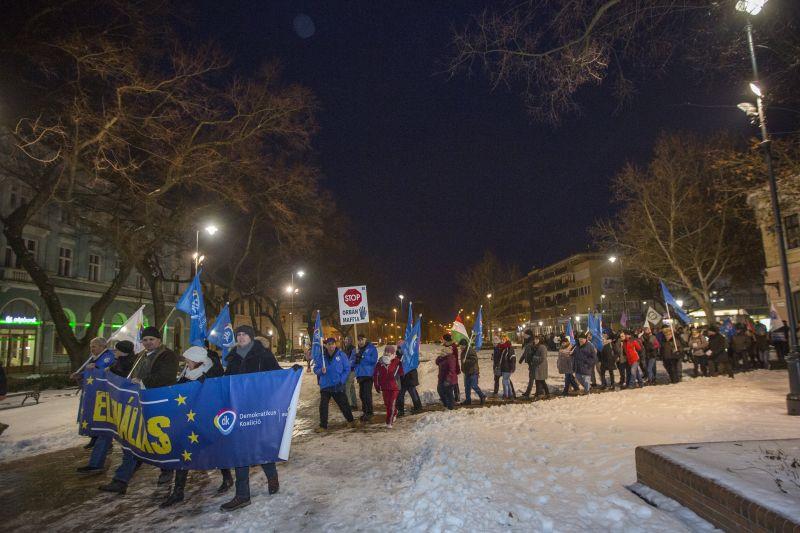 A metrót tervezik elfoglalni a tüntetők Budapesten