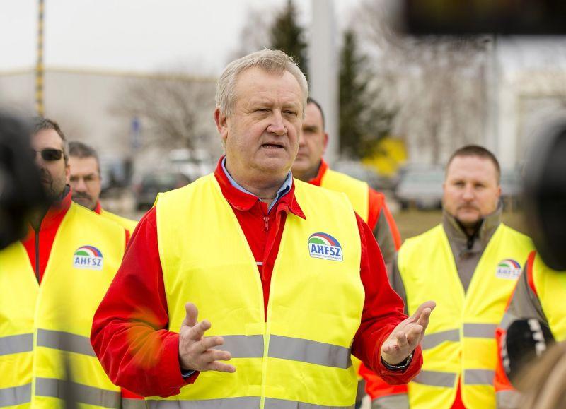 Nagyobb fennakadást okoz a németországi Audi-gyárban a győri sztrájk, mint hitték