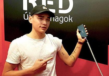 Tetoválásokat gyűjt Liu Shaolin Sándor, az egyik karja szinte teljesen tele van rajzolva