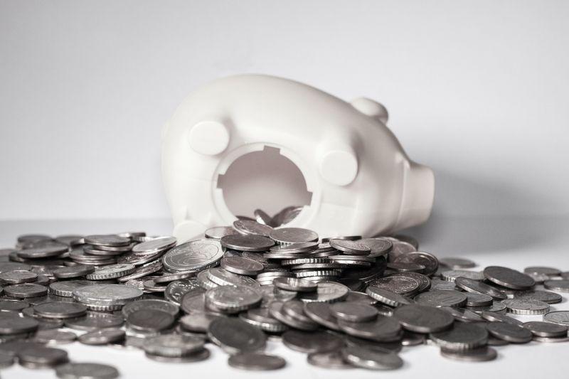 Négy év alatt több mint hétszáz bankfiók tűnt el