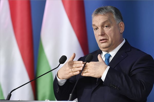 Orbán: kampány van, ezért vannak tüntetések
