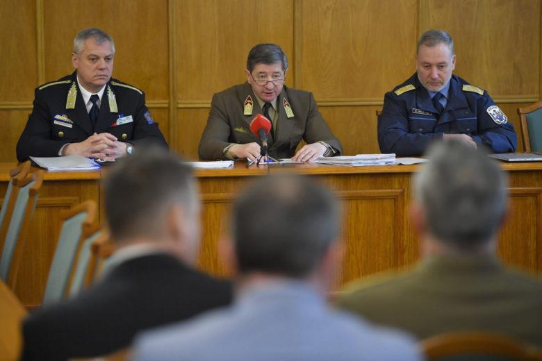 """Volt honvédelmi államtitkár is a vádlottak padján – folytatódott a hírhedt """"tábornokper"""""""