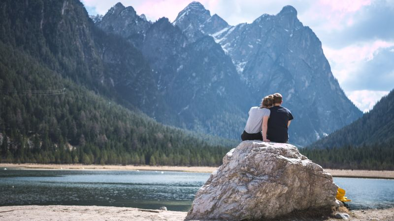 8 apróság, amivel szavak nélkül mondja el neked a párod, hogy szeret téged