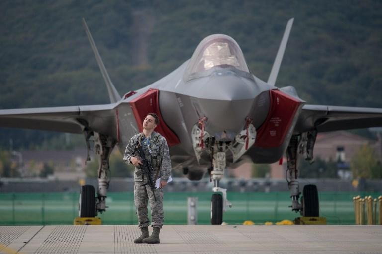 Egy milliárd dolláros vadászgépvásárlással engesztelhetjük az amerikaiakat