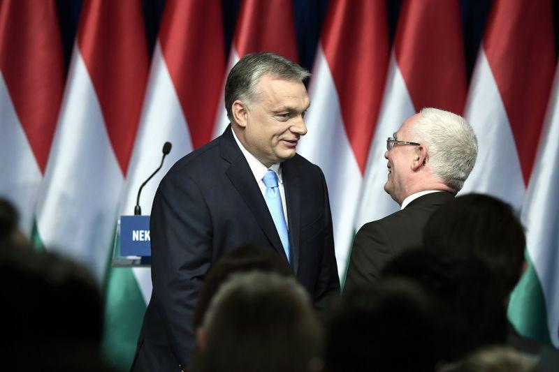Erről beszélt Orbán a balatoni frakcióülésen
