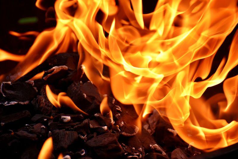 Holttestet találtak tűzoltás közben Balatonbogláron