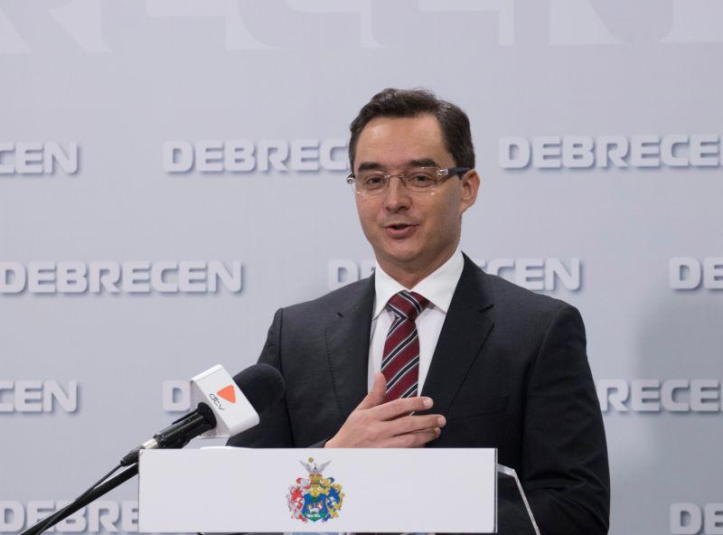 Dől a lé Debrecenbe, nagy terveket szövöget a polgármester
