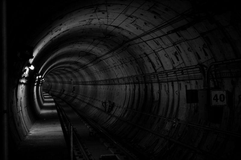 Nem készül el időre a 3-as metró