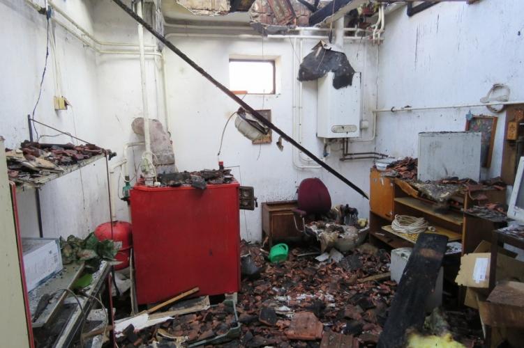 Égő házból hozták ki a gyerekeket, akik észre sem vették a tüzet
