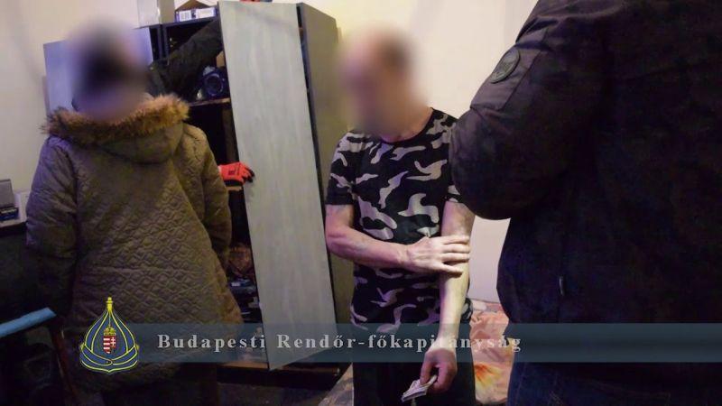 Az unokázó csaló azt hazudta, hogy albánok tartják fogva és váltságdíjat követelnek