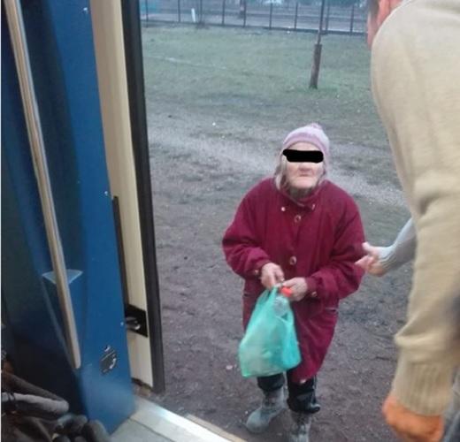 Lezavarta a kalauz a 74 éves nénit a vonatról, mert nem volt nála igazolvány – megszólalt a MÁV is