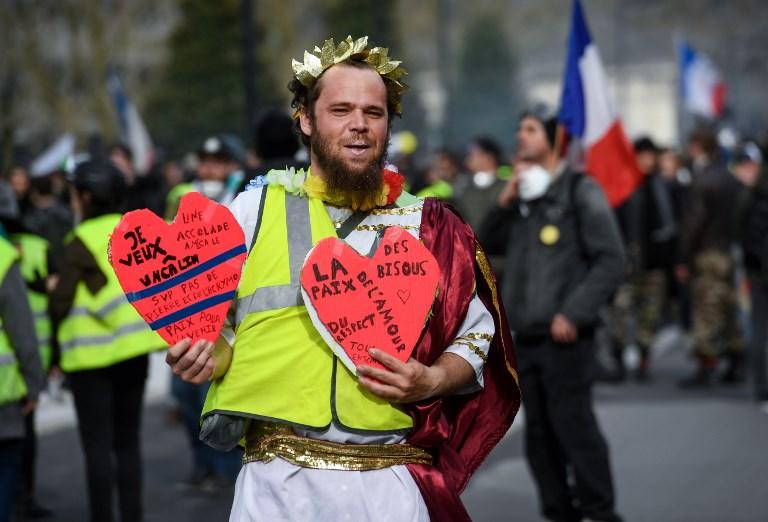 A franciák sosem fogják abbahagyni a tüntetéseket?