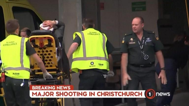 Két új-zélandi mecsetnél is lövöldöztek, 40-en meghaltak