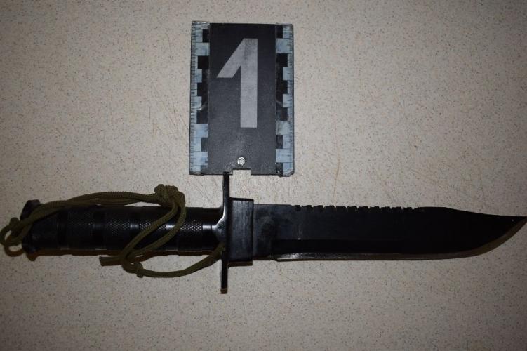 Késsel fenyegetve raboltak egy győri munkásszállón – hamar elkapták őket