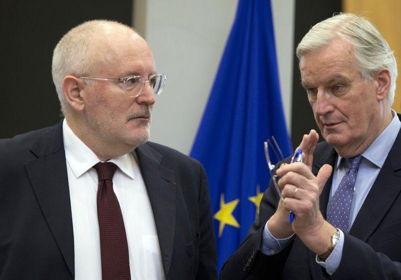Timmermans: a magyar emberek megérdemlik az igazságot