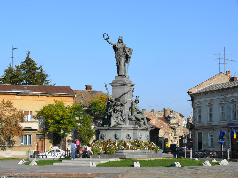 Az aradi Szabadság-szobor megsemmisítését, vagy Magyarországra költöztetését követeli egy szélsőséges párt