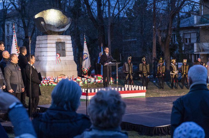 Varga Mihály: a függetlenségre kell építeni a magyar emberek boldogulását