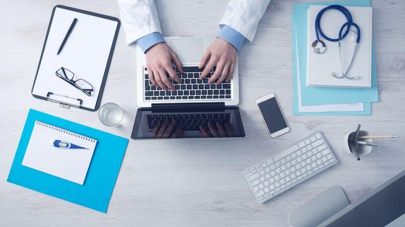 Reumatológus: időben elkezdve jól kezelhető az ízületi gyulladás