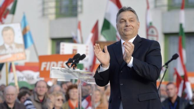 Csökkent a Fidesz támogatottsága, erősödött a Jobbik