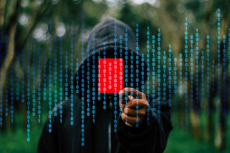 Adathalászatra figyelmeztet a NAV és a Nemzeti Kibervédelmi Intézet
