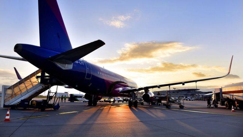 Utasa halála miatt szakította meg útját egy repülőgép Budapesten