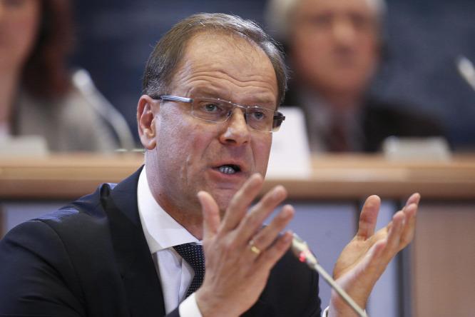 Navracsics Tibor szerint ő magára maradt a Fideszben, túl puhánynak tartják