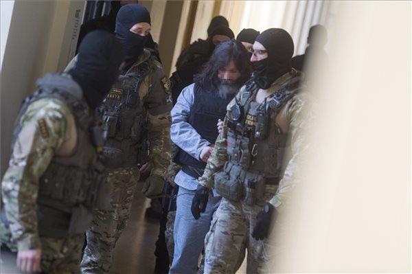 Megkezdődött a perújítási tárgyalás a Prisztás-gyilkosság ügyében
