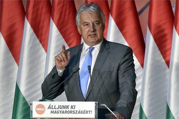 Semjén Nagyváradon: minél több erdélyi képviselje az összmagyarságot az Európai Parlamentben