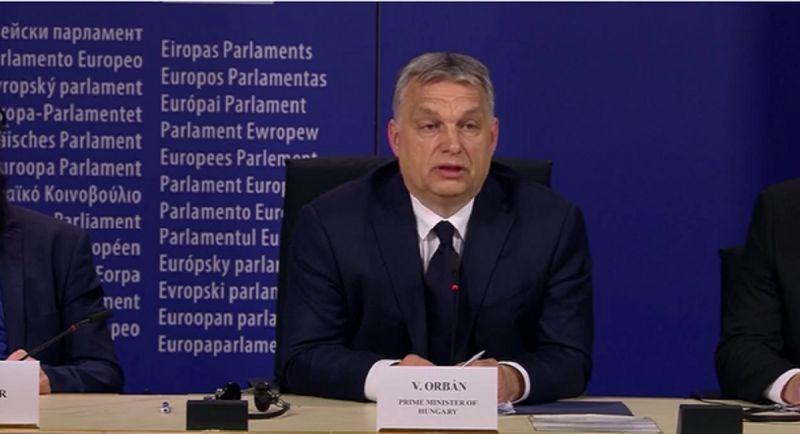 Orbán megint keménykedik: beszólt Brüsszelnek és a Néppártnak