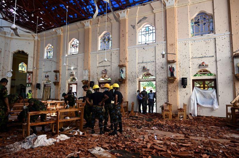 Az Iszlám Állam egykori tagjai követhették el a merényleteket Srí Lankán
