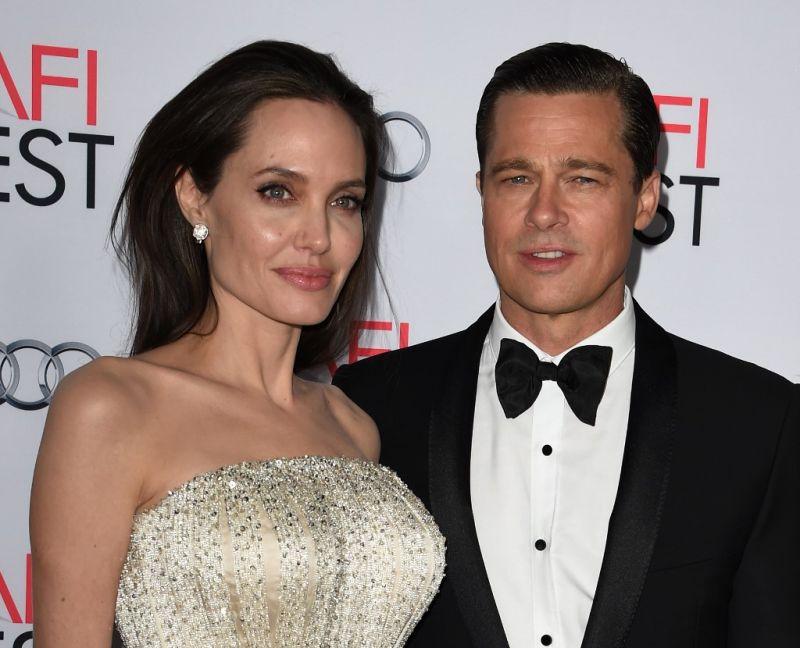 Angelina Jolie és Brad Pitt hivatalosan is elvált