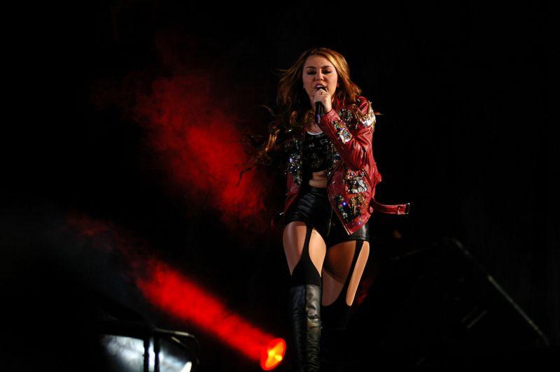 Ismeri Miley Cyrus testének minden részletét? Most ellenőrizheti tudását