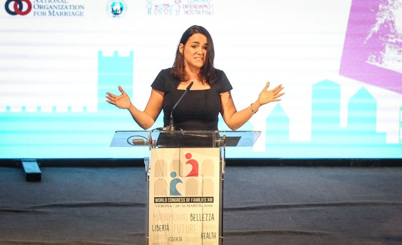 Novák Katalin világhírűnek tartja a munkáját, mert felszólalhatott egy konferencián
