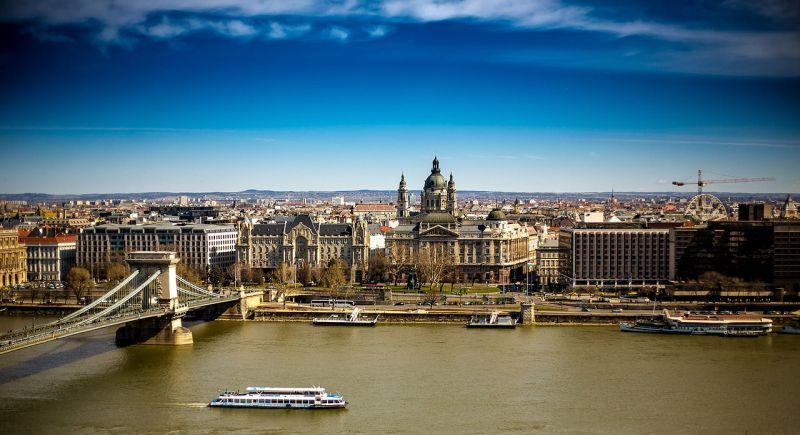 A kínaiak is jócskán pörgetik a budapesti ingatlanpiacot