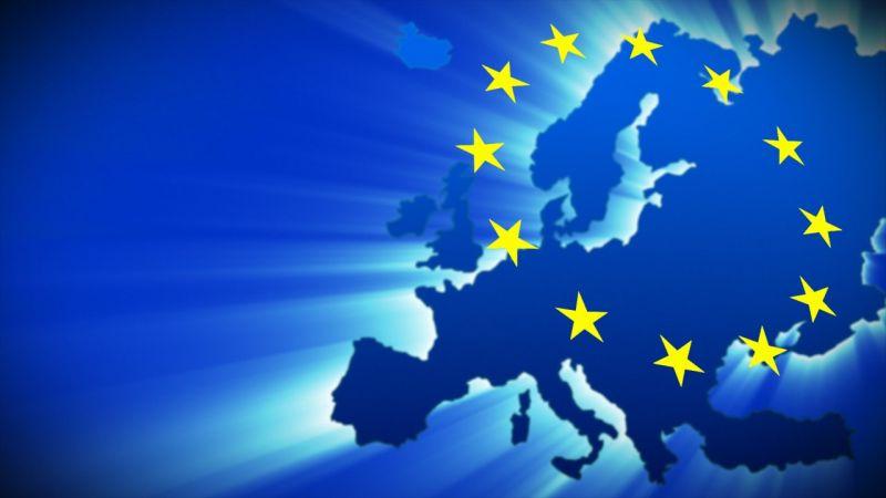 Államtitkár: az összeomlás irányába halad az EU