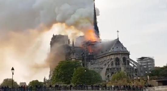 Megtalálák a Notre-Dameot pusztító tűz okát