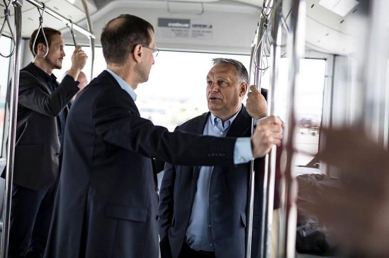 Orbán Viktor a baráti Kazahsztán felé vette az irányt – videó