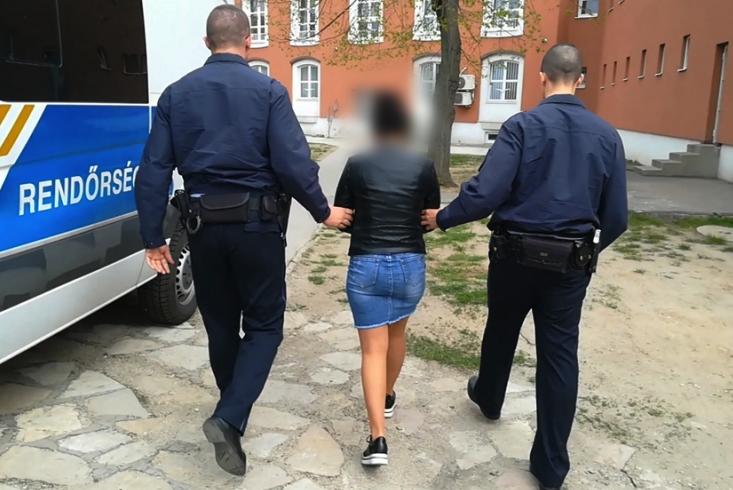 Idős férfitól csalt ki hárommillió forintot egy budapesti nő