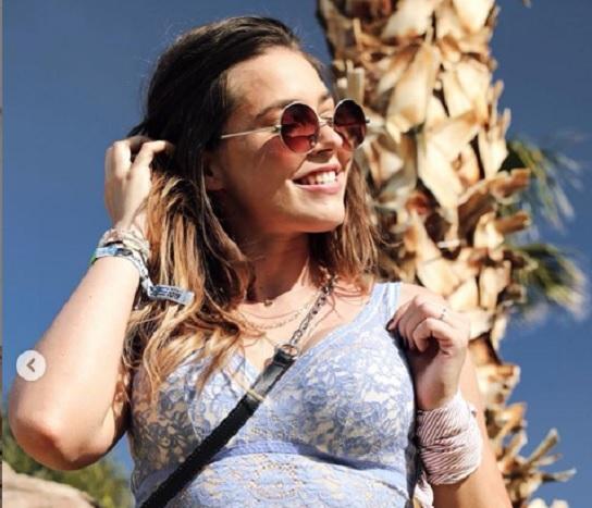 Rubint Rella csipkés melltartós fotója eddig a nap legszexibb képe