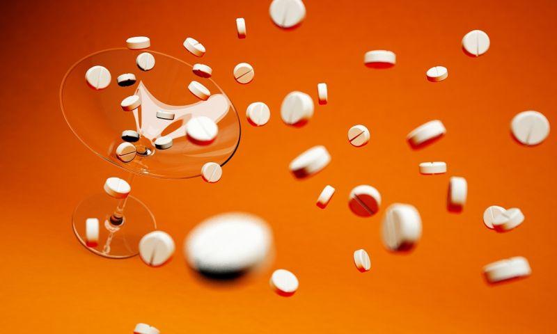 Amerikai orvosok, nővérek, patikusok ellen emeltek vádat opiát tartalmú gyógyszerek törvényellenes felírásáért